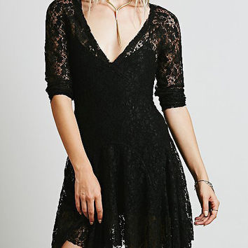 Black V-Neck Short Sleeve Lace Skater Mini Dress