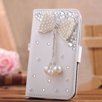 EVTECH(TM) Bling Crystal Flower Fashion Leather Wallet Type Magnet Design Flip Case Cover for Samsung Galaxy S4 9500 9505 M919,SCH-R970X,Samsung Galaxy S4 C Spire,Samsung Galaxy S4 AT&T,Samsung Galaxy S4 Cricket,SGH-i337,SCH-R970C,Samsung Galaxy S4 LTE+,GT