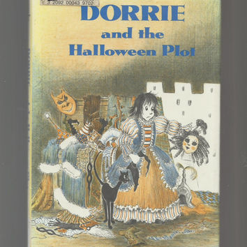 Dorrie The Witch Book, Dorrie And The Halloween Plot,s, Written And Illustrated by Patricia Coombs, 1976 Hardcover With Dust Jacket