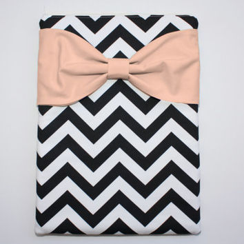MacBook Pro / Air Case, Laptop Sleeve - Black and White Chevron Peach Bow and Back Zipper Pocket - Double Padded