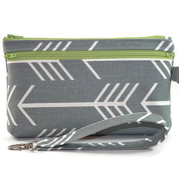 Large Wristlet Wallet / Cell Phone Clutch / iPhone 6 / Samsung Galaxy S4/S5 with Removable Strap