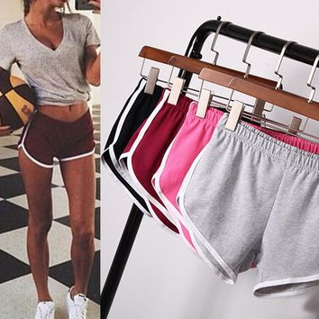 Yoga Shorts Outdoor Running Woman Ladies Girl Shorts Athletic Sport Gym Workout Fitness Clothes Jogging Homewear Sportwear 2018