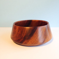 modern vintage danish turned teak bowl | midcentury salad carved solid