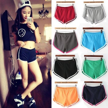 2015 New Fashion Women Running Cotton Sports Fitness Gym Shorts Sexy Slim Hip Elastic High Waist Shorts Female Bermudas Feminino