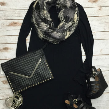 Plaid Infiniti Scarf: Black