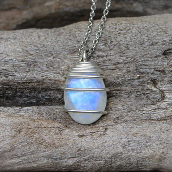 Natural Moonstone Necklace - Rainbow Moonstone Jewelry - Healing Stone Wicca Necklace - Gemstone Jewelry - Wiccan Necklace - Boho Jewelry
