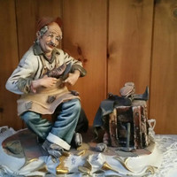 Stunning vintage Capodimonte figurine/ large figure signed Conte/ The shoemaker /The Cobbler /