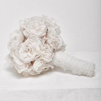 Wedding fabric bouquet,Romantic bridal bouquet, bridal flowers bouquet, vintage fabric bouquet, bridesmaids bouquets, Lace bouquet
