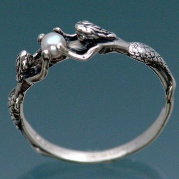 Two Mermaids Ring with Pearl