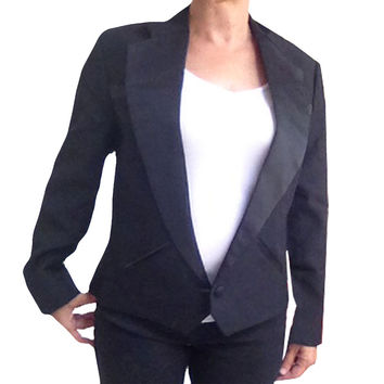 Women's Cropped Texas Style Tuxedo Jacket