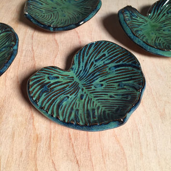 Turquoise Leaf Ceramic Ring Dish, Rustic Jewelry Dish, Eclectic Incense Burner, Boho Decor Candle Holder, Nature Shrine Accessory