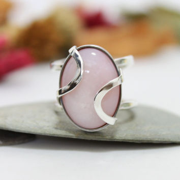 Oval Pink Opal Cocktail Ring/ Oval Pink Opal Unbalance Ring/ Lovely Pink Gemstone Ring/ Sterling Silver Ring
