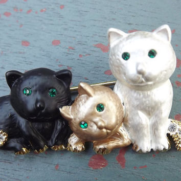 Three Cats Brooch Pin Tri Colored Rhinestone Tails  Green Eye Kitty Kats