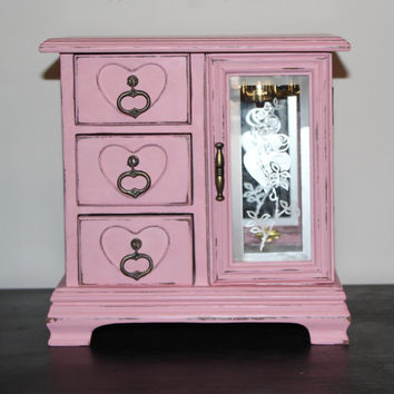 Pink shabby vintage jewelry box - Jewelry organizer, chalk paint jewelry box, gift idea, girls room