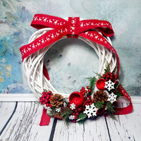 White red green rustic wreath, Christmas ornament, natural decor, reindeer, pine cone, red berries, red xmas, front door decor, fir, cypress