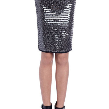 Q2 Silver Pencil Skirt In Sequin