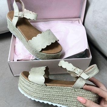 Long Break Nude Scallop Platform Espadrilles