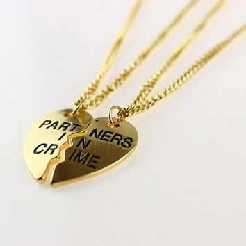 Fashion Charming 2pcs Heart Partners in Crime Best Friend Chain Necklace