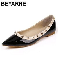 BEYARNE New Fashion Casual Women Pointed Toe Rivet Flat Bottom Shoes Women Slip On Val