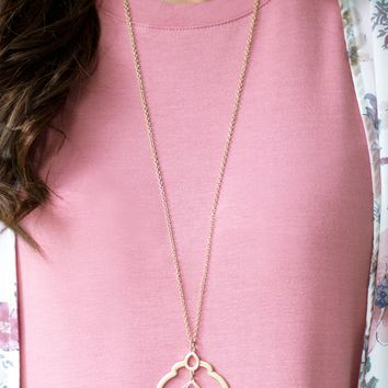 Golden Treasure Necklace | Monday Dress