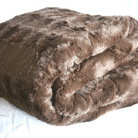 DaDa Super Soft Luxury Brown Loose Layer Faux Fur Throw Blanket From Tache