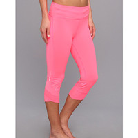 Under Armour Power In Pink® Fly-By Compression Capri Cerise/Cerise/Reflective - 6pm.com