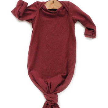 Knotted Sleeper in Wine