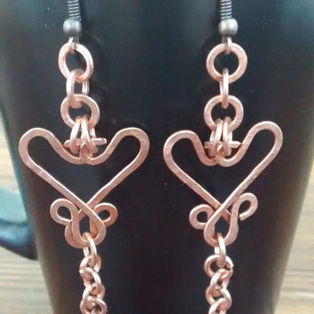 Hand-hammered copper earring, intricate heart shape with lots of movement