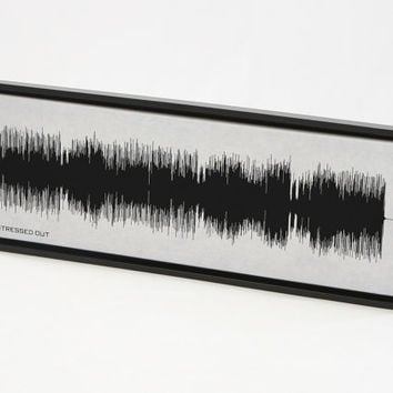 Stressed Out - Twenty One Pilots : Sound Wave Art Print created from the entire song.