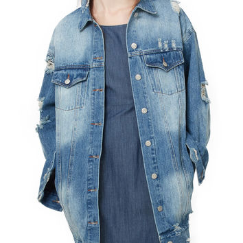 LE3NO Womens Oversized Long Sleeve Distressed Boyfriend Denim Jacket