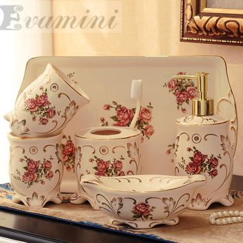 Ceramic Bathroom Set Five Piece Of Bathroom Item Fashion Modern Toothbrush Holder Bathroom Accessories Creative CoupleToilet was
