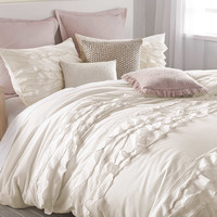DKNY Flirt Duvet Cover in Off-White