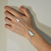 Silver bracelet ring - triangle - mint - white