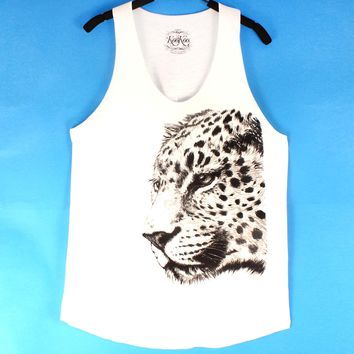 Large Realistic Leopard Animal Print Graphic Tank Top Tee in White