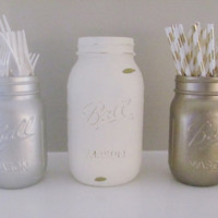 Mason Jars Party Decor, Shabby Chic, Distressed Painted Jars, Set of 3 Jars, Rustic Decor, Party Centerpiece, Country Decor, Baby Shower