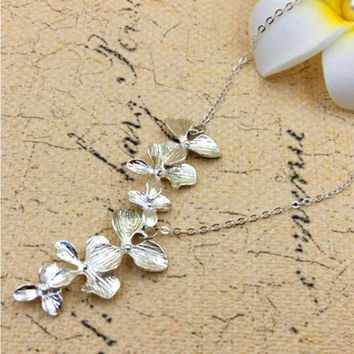 2016 Women Flower Orchid Pendant Necklace Europe Vintage Style Brief Simple Sliver Necklace Hot Jewelry Brand Design XY160506