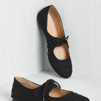 Blossoming Boucle Flat in Black | Mod Retro Vintage Flats | ModCloth.com