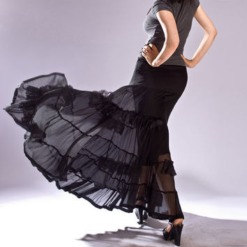 $169.00 Black Bohemian Skirt with lace ruffles by MIRIMIRIFASHION on Etsy