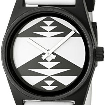 Neff Unisex NF0201PSWH Daily Analog Display Japanese Quartz White Watch