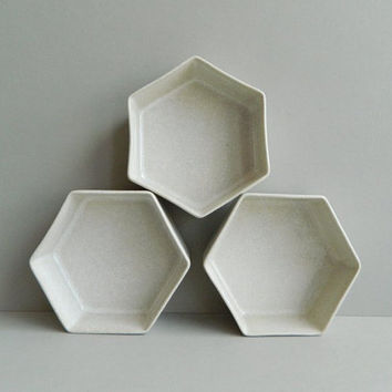 Trio of Block Hexagonal Off-White Ceramic Bowls Bennington Vermont