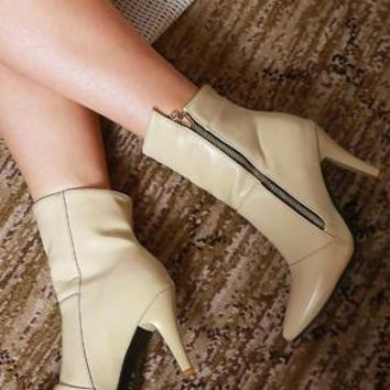 KAORI - HIGH ANKLE BOOTS