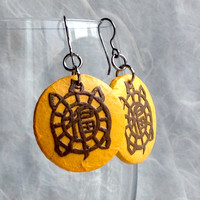 Yellow Turtle Hanji Paper Earrings Dangle Round Earrings Yellow Brown Tortoise Design Hypoallergenic hooks Lightweight Ear rings