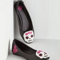 Quirky Skull Pride Flat
