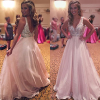 Sexy Deep V-Neck Backless Pink Long Prom Dress Unique Appliques Beaded A-Line Graduation Party Dress New Pink Evening Prom Gowns