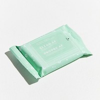 Patchology Clean AF On-The-Go Refreshing Facial Cleansing Wipe | Urban Outfitters