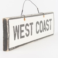 Brandy & Melville Deutschland - West Coast Signboard