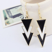 Stylish Geometric Fashion Elegant Earring Hot Sale Earrings = 4806943236