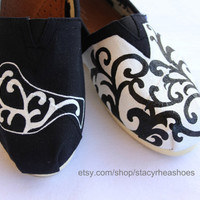 Damask TOMS with bird