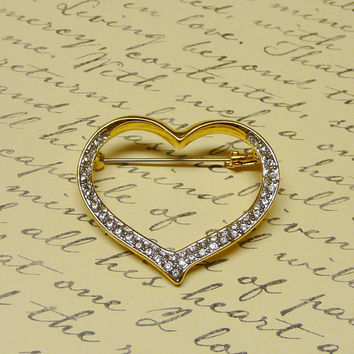 Vintage Rhinestone Heart Brooch Pin - Mother's Day - Bridal Jewelry - Vintage Wedding - Costume Jewelry Brooch - Bold Tone - BR058-3535C