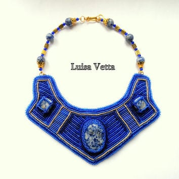 Dark blue necklace with jade by Luisa Vetta
